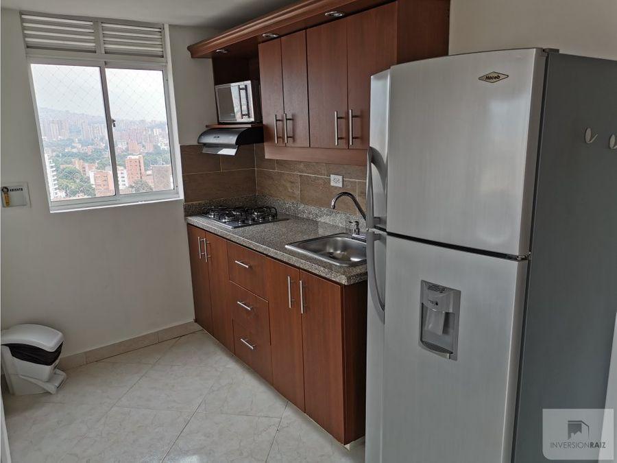 apartamento amoblado en laureles con balcon