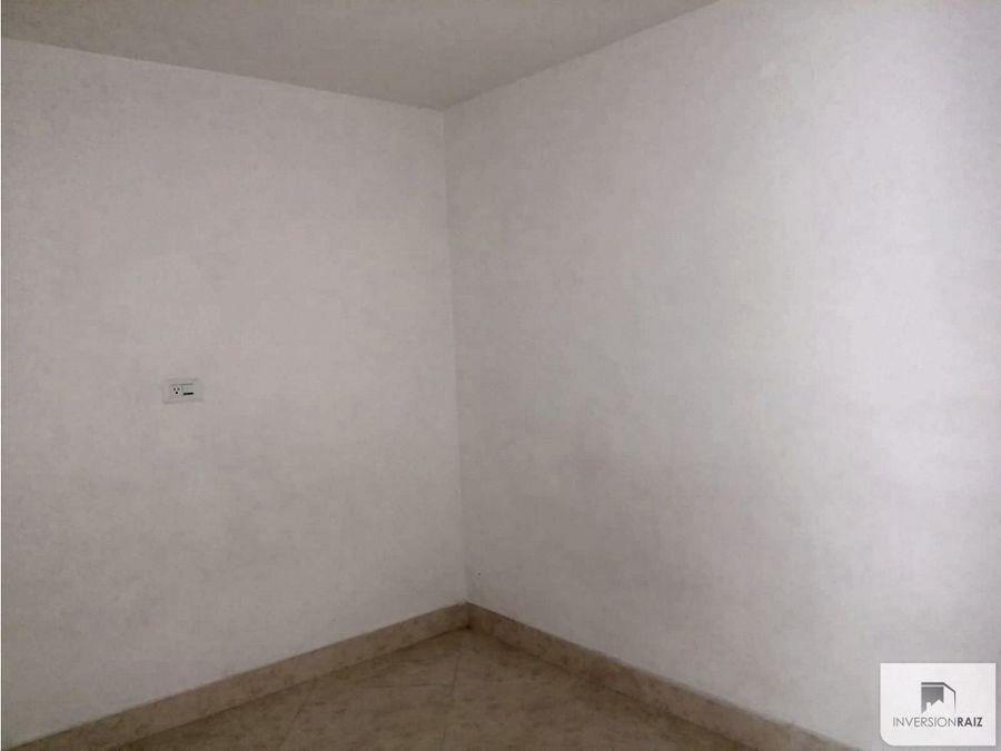 arriendo apartamento de 2 alcobas en moravia