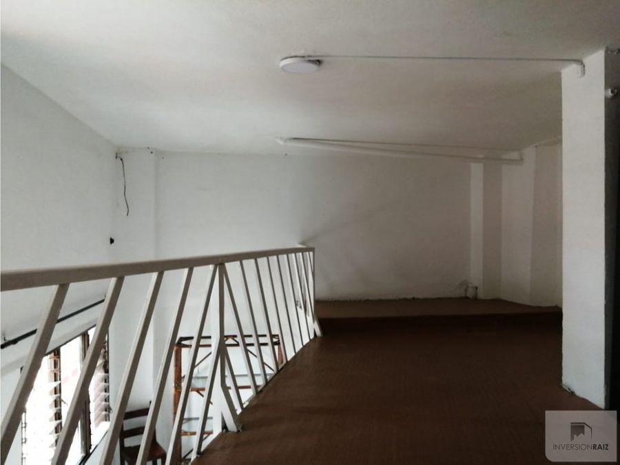 arriendo apartaestudio primer piso en laureles lorena