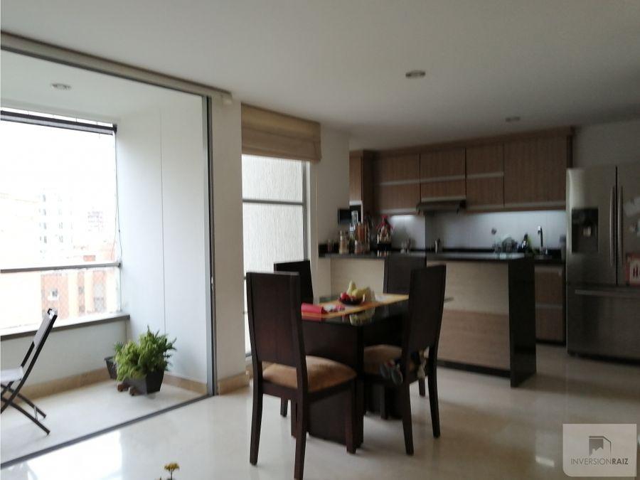venta de apartamento en laureles con parqueadero doble