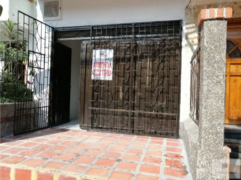 arriendo local barrio santa fe