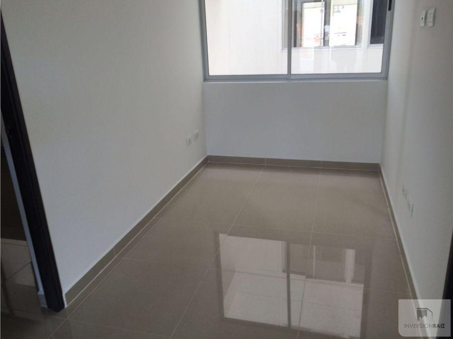 arriendo apartamento amplio de 100mts en calasanz