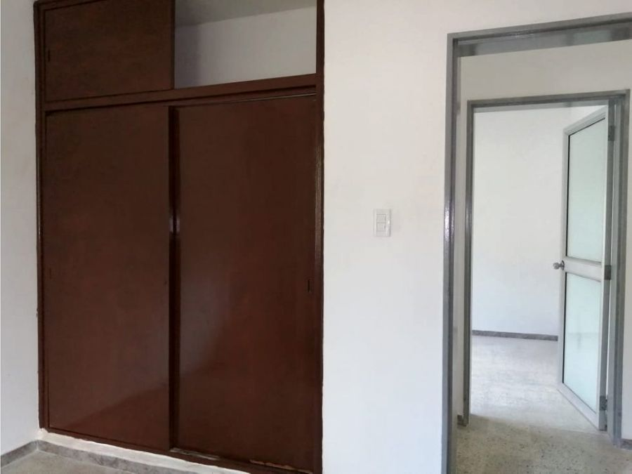 arriendo apartamento primer piso en la floresta