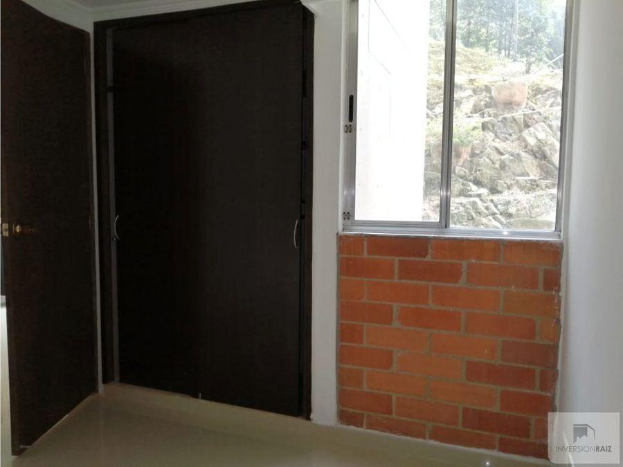 apartamento de 2 alcobas en unidad cerrada en calasanz