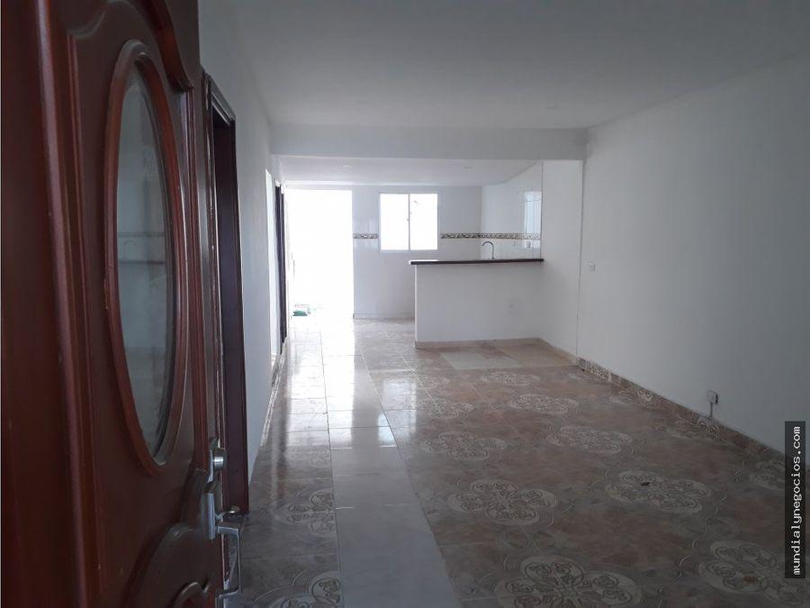 casa de un piso en la ciudadela santa marta 003