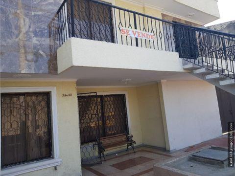 casa de 2 pisos independiente a la calle 005