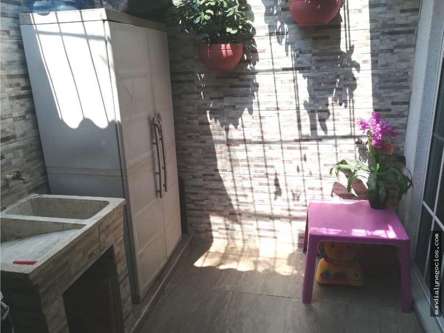 vendo hermosa casa con excelente ubicacion 010