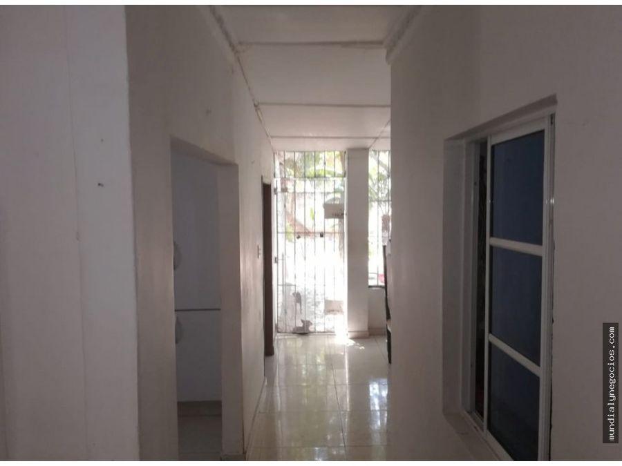 se vende casa grande con excelente ubicacion 010
