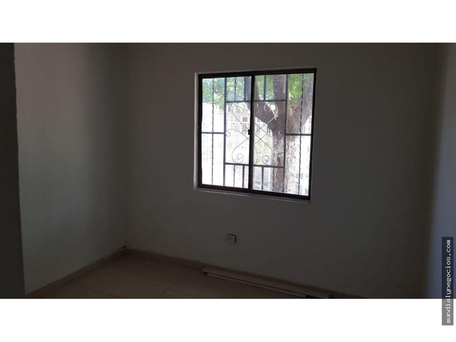 bonita casa de un piso en el cisne 005