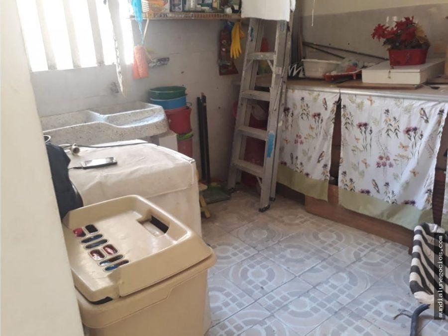 casa de tres pisos en santa marta oportunidad 005