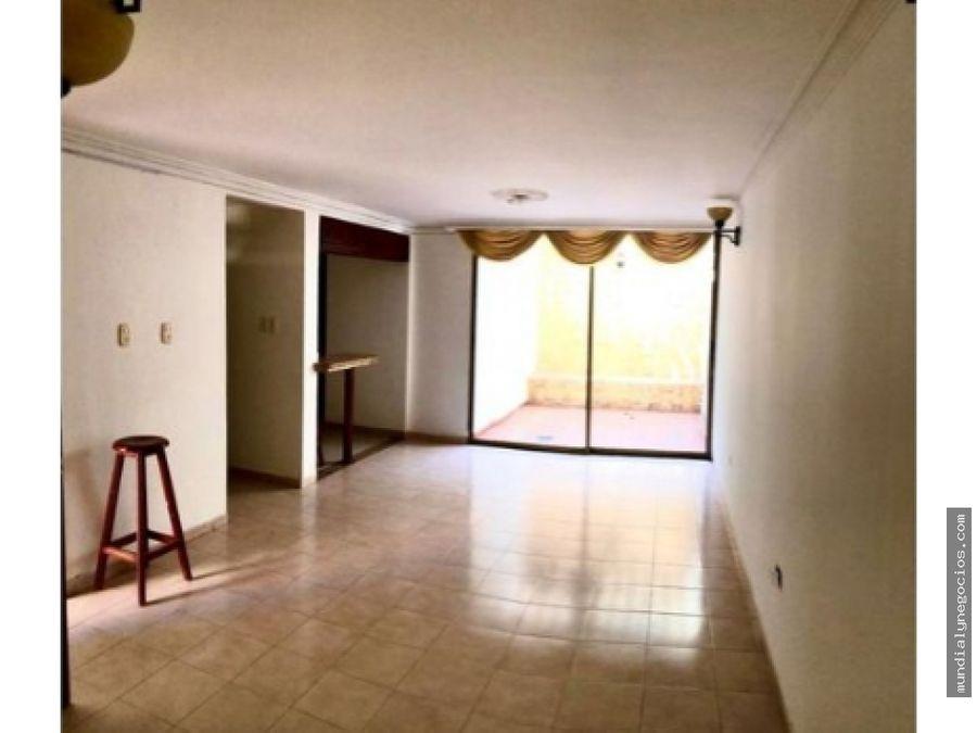 casa de 2 pisos con excelente ubicacion 005