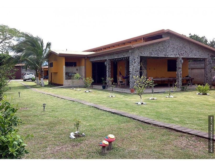 venta de terreno con 3 casas santa ana san jose