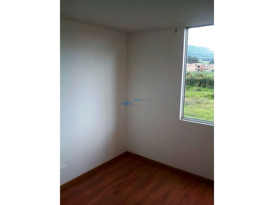 se vende apartamento alborada real t11202