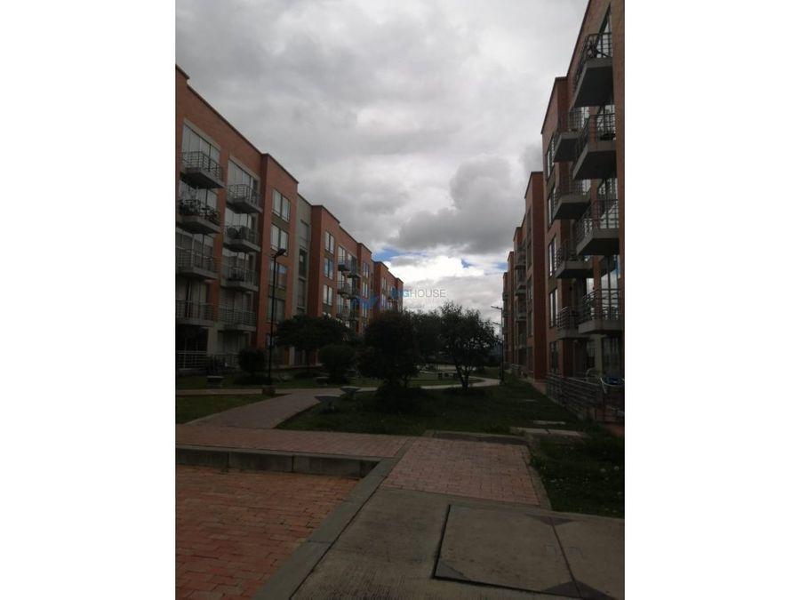 se vende apartamento hacienda la quinta 1 t20404