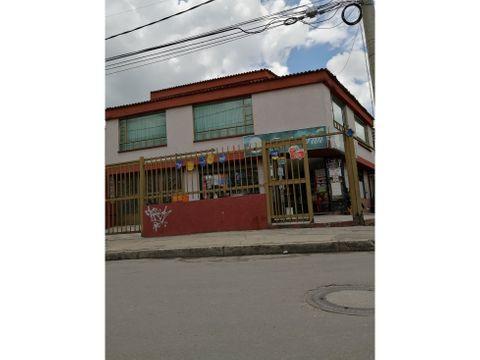 se vende casa barrio los comuneros carrera 19