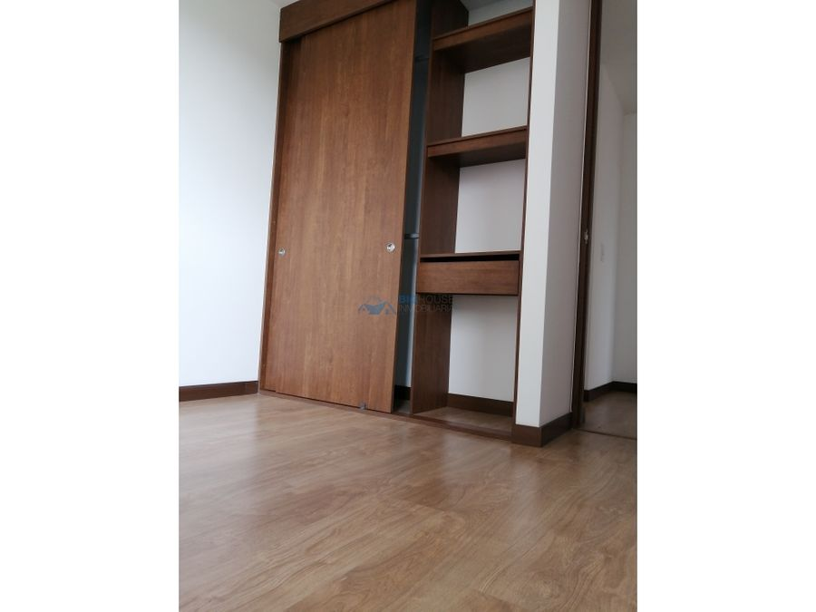 se arrienda apartamento conjunto sienna la toscana t4116