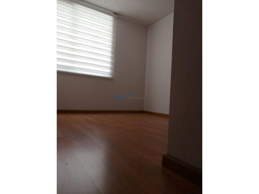 se arrienda apartamento alborada real t7402