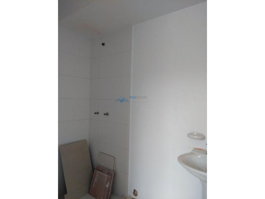 se vende apartamento versalles 2 t2101
