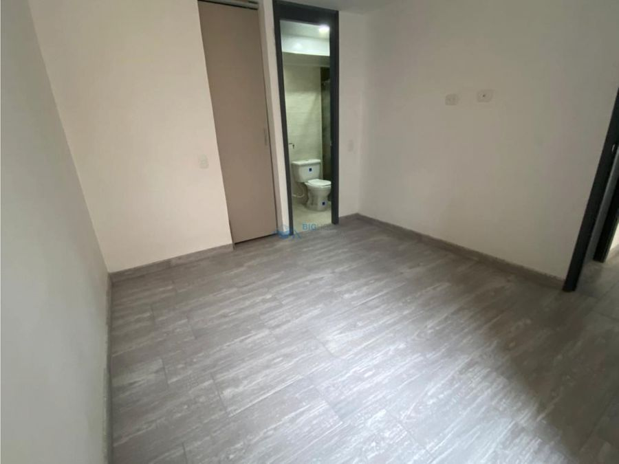 se arrienda apartamento los cedros t40 apto 303