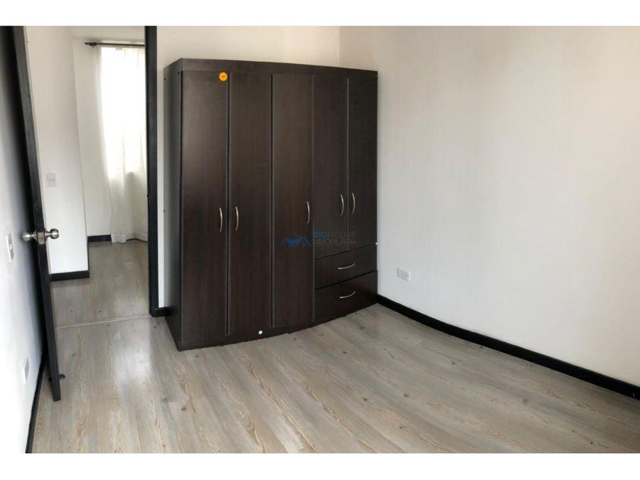 se vende apartamento en conjunto los cedros