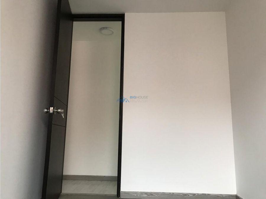 se vende apartamento versalles etapa 2 t6401