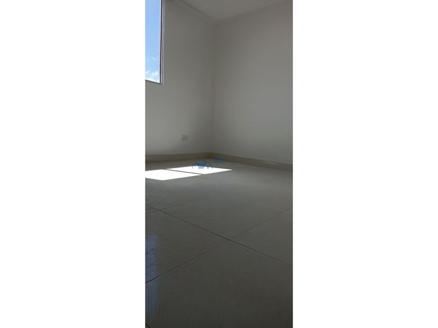 se arrienda apartamento en montearroyoo i304