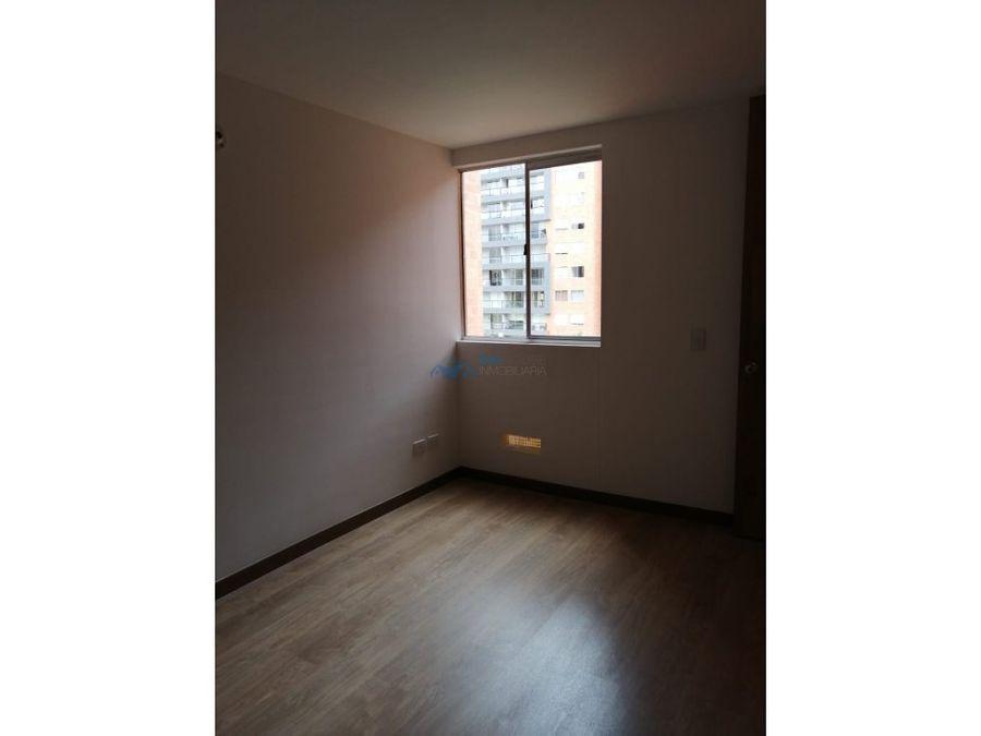 se arrienda apartamento lucca t6322