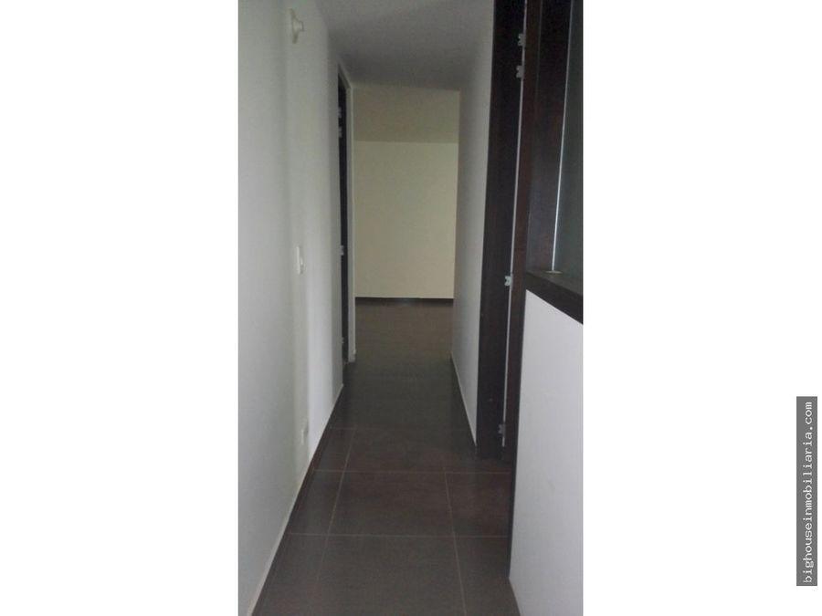 se vende apartamento 1 piso vsol