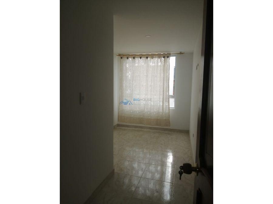se arrienda apartamento segundo piso villa maria