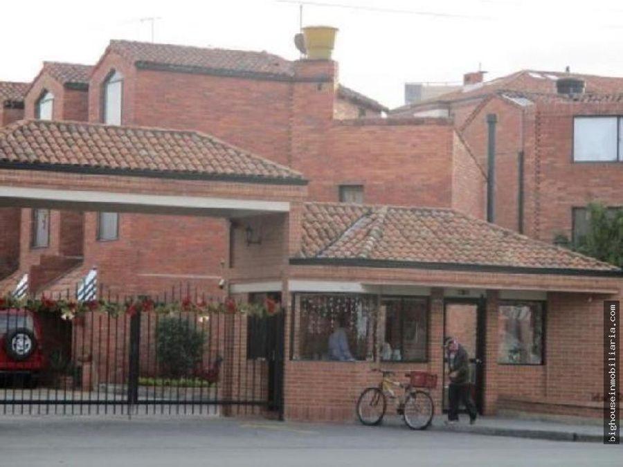 se vende casa en tejares del norte cinco