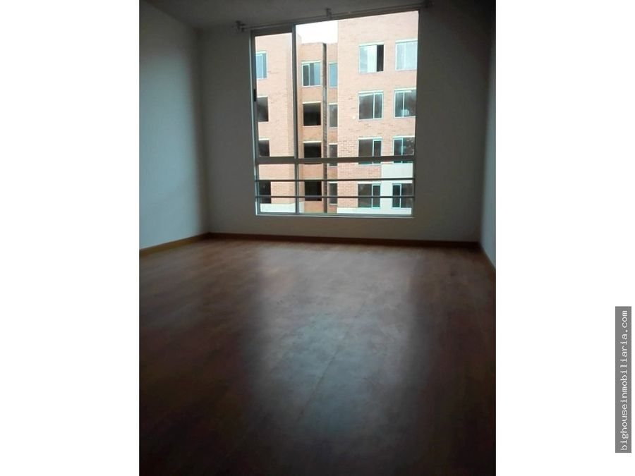 se arrienda apartamento alborada real t5302
