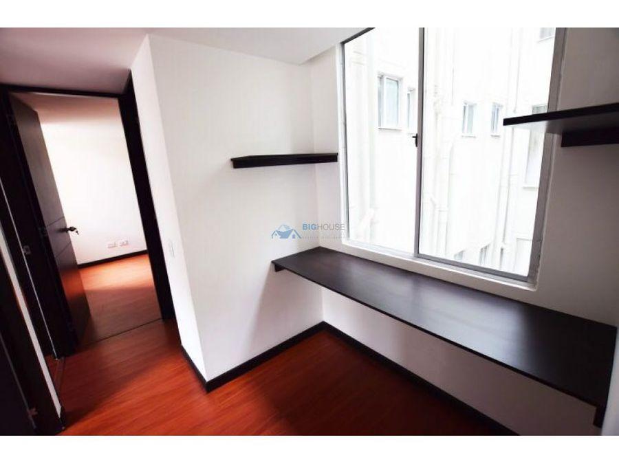 se vende apartamento cedros t14301