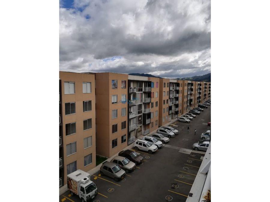 se vende apartamento los cedros t7501