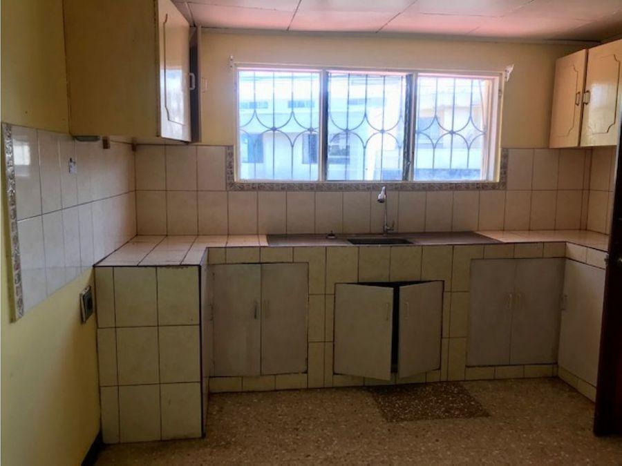 renta casa rohrmoser 1 planta 1100 5hbs