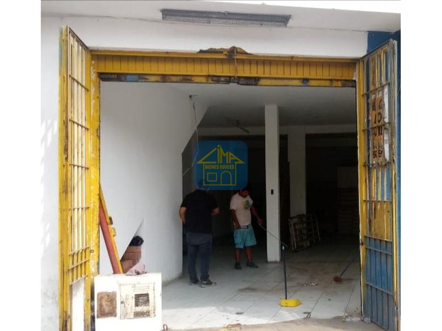 local para farmacia bazarpolleriaetc