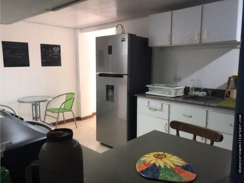 se alquila un apartamento en edificio de apartamentos pavas