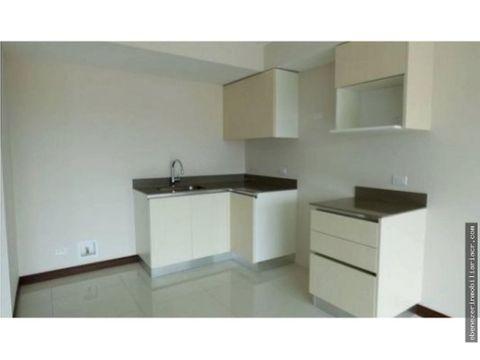alquiler de apartamento en condominio azenza la uruca