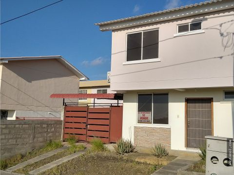 vendo casa en sariland mz d2