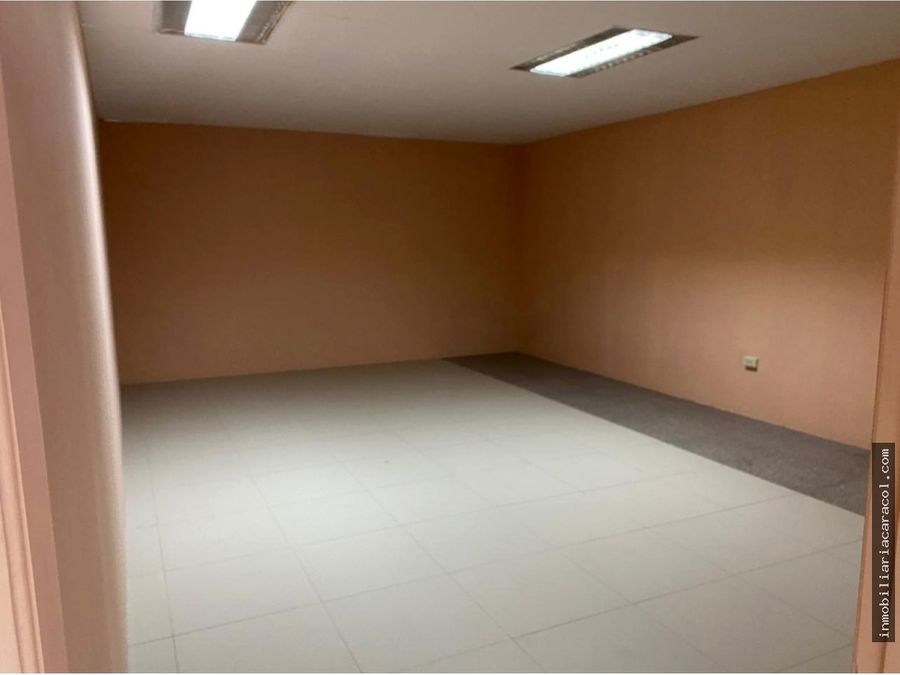 av carlos julio arosemena se alquila local comercial 1000 m2