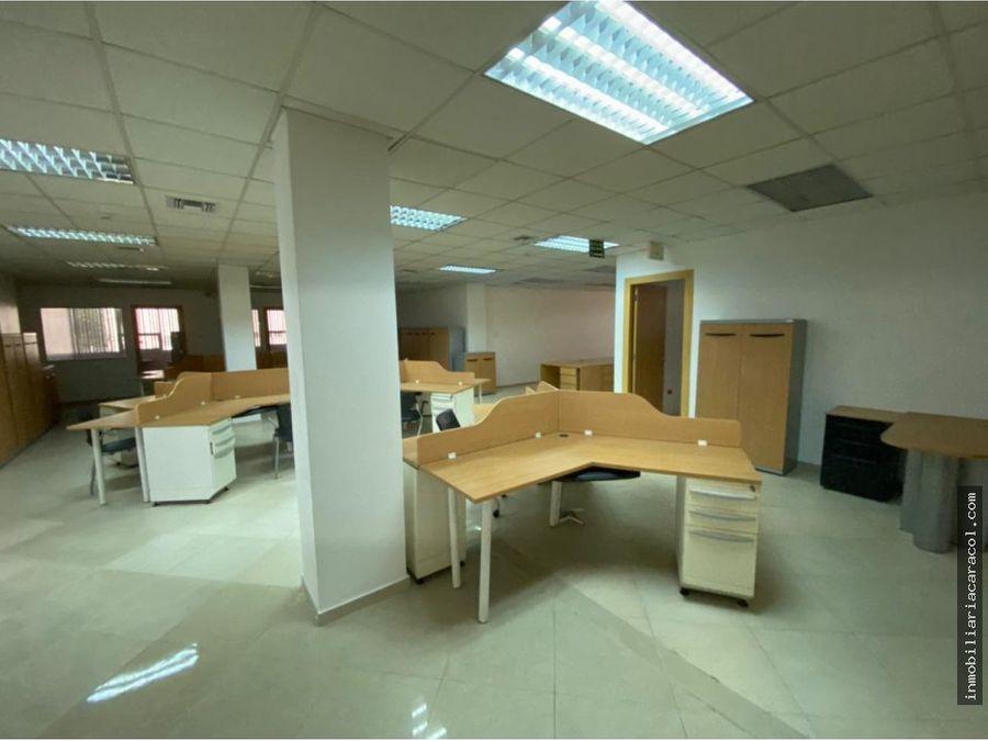 kennedy norte se alquila o vende elegantes oficinas de 500 m2
