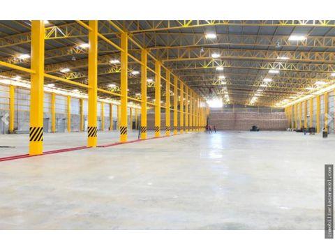 duran se alquilan naves industriales 4300 m2