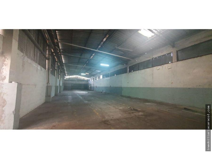 norte de guayaquil complejo de bodegas de 800 m2