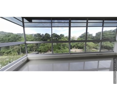 kennedy norte se alquila oficina cond san jose 213 m2