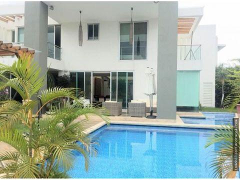 via a la costa urbanizacion portofino se vende casa de lujo