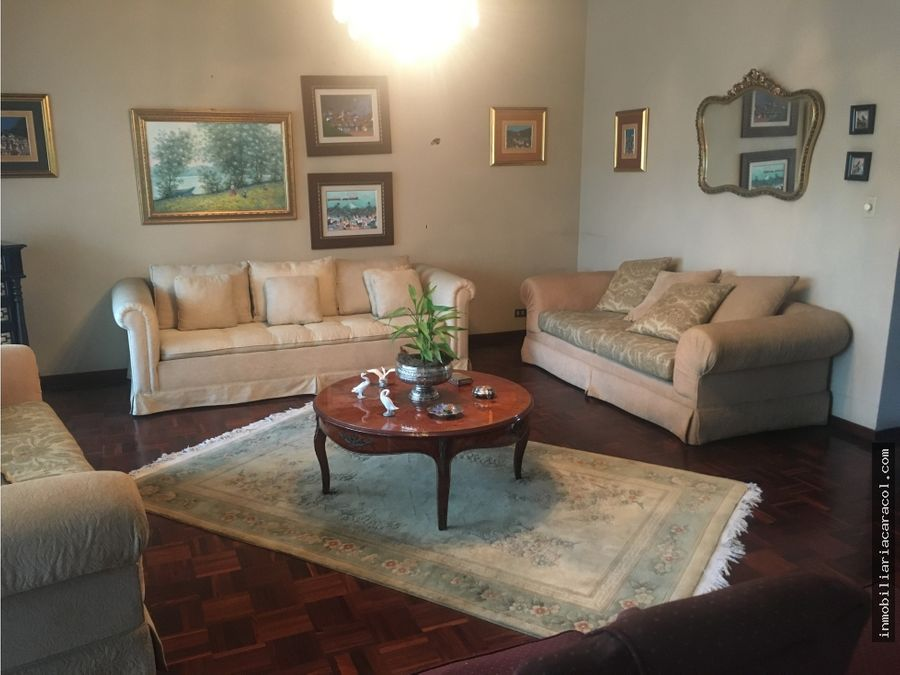 casa en urdesa central disponible para la venta