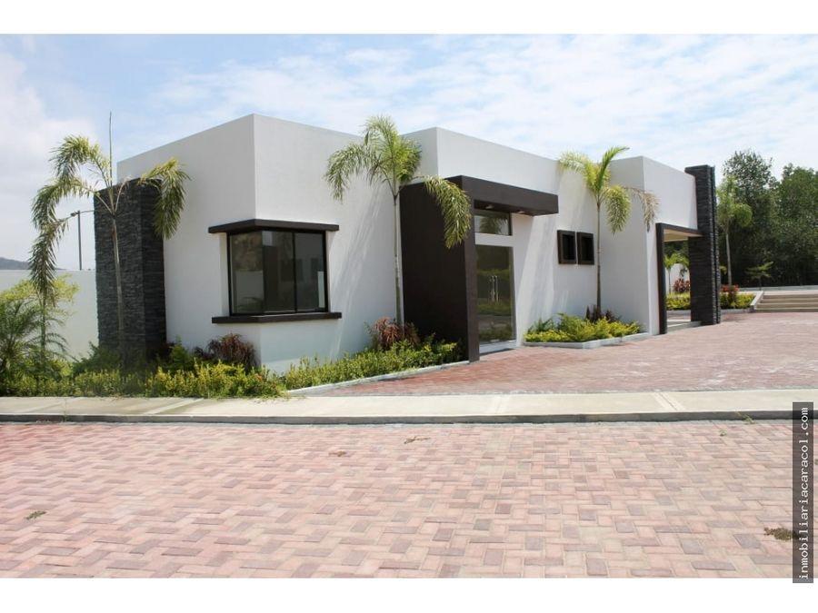 km 14 via a la costa urb punta esmeralda se vende casa