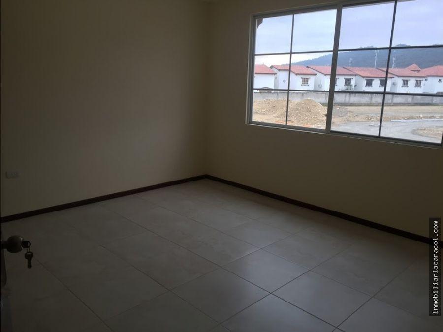 via costa km 14 urb terra nostra se vende villa de estreno
