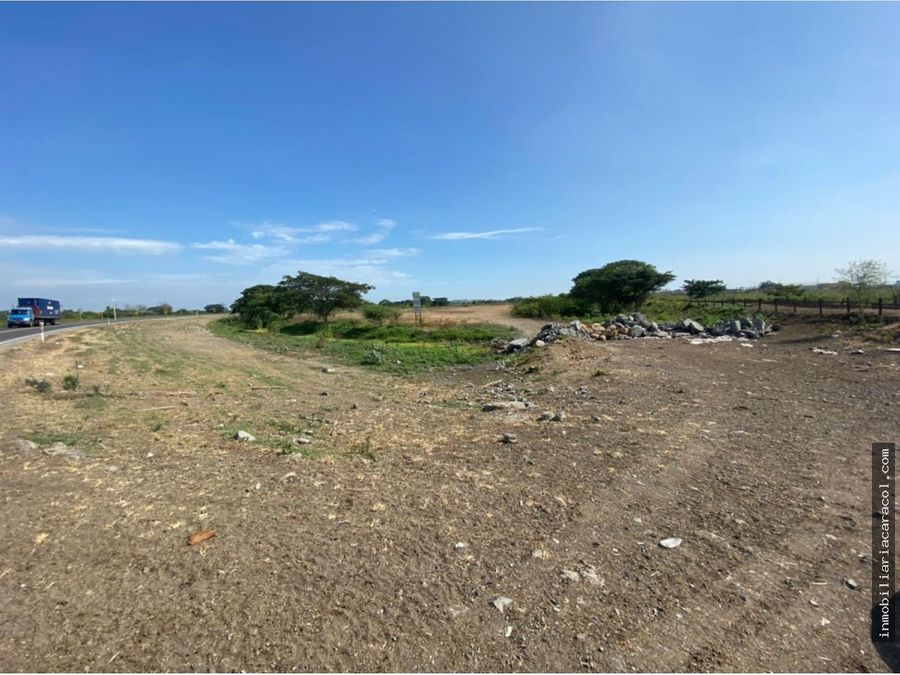 via duran yaguachi solar industrial de 56808 m2