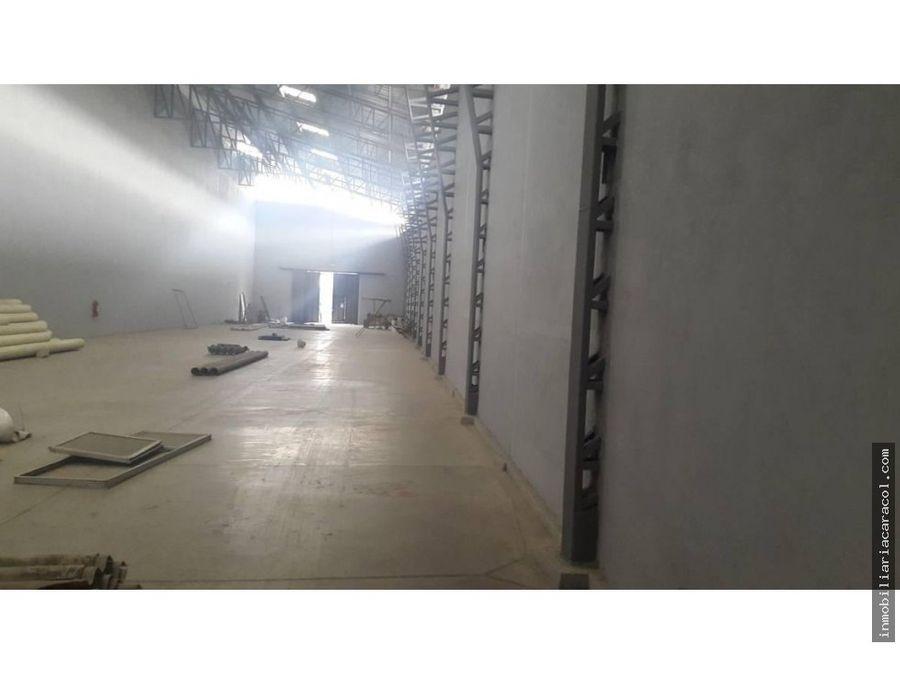 bodega en via daule 860 m2 alquilo en complejo