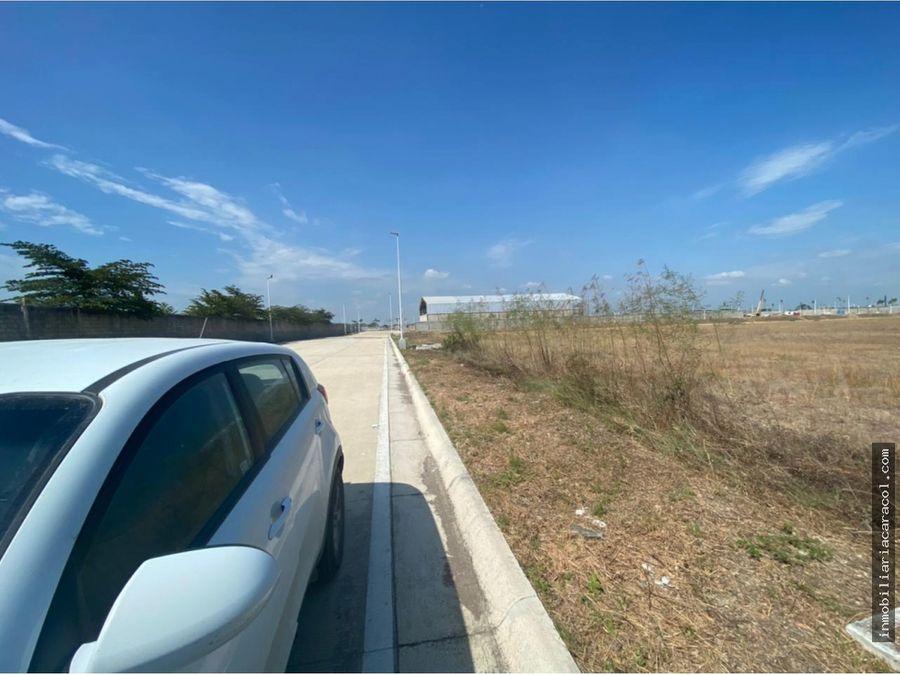 via duran yaguachi km 105 piady solar industrial de 40000 m2